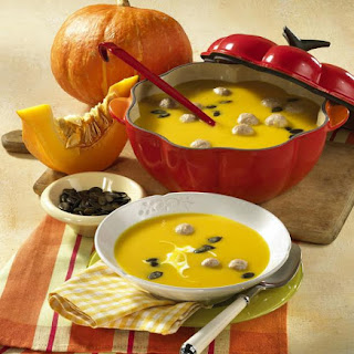 Pumpkin Soup with Meatballs