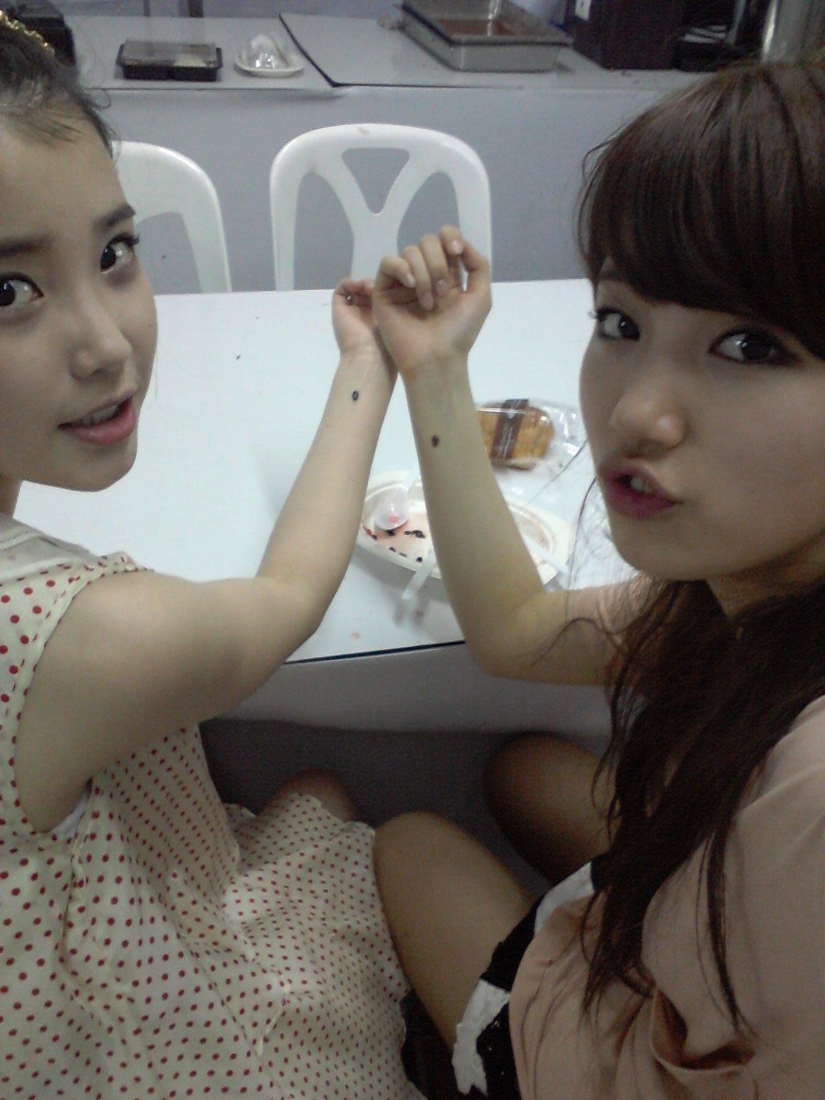 iu-reveals-about-her-relationship-with-suzy-during-dream-high-resurfaces-4