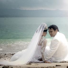 by Mohamad Fadli - Wedding Bride & Groom (  )