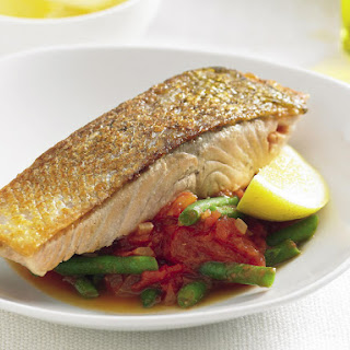 Crispy Salmon with Tomato Braised Green Beans
