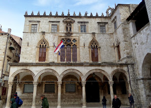 Photo: We went inside the Sponza Palace, which later became Dubrovnik's customs house.  Here they had a memorial to Croatian fighters who died defending Croatia in the 1990's war.