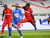 """Wat moet Dieumerci Mbokani volgend seizoen doen? """"Mocht ik hem zijn, zou ik dat doen"""""""