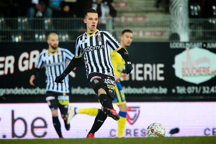 Gaëtan Hendrickx va vendre un maillot du Sporting Charleroi aux enchères