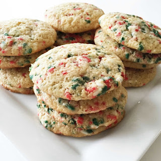 Skinny Holiday Confetti Cake Mix Cookies.