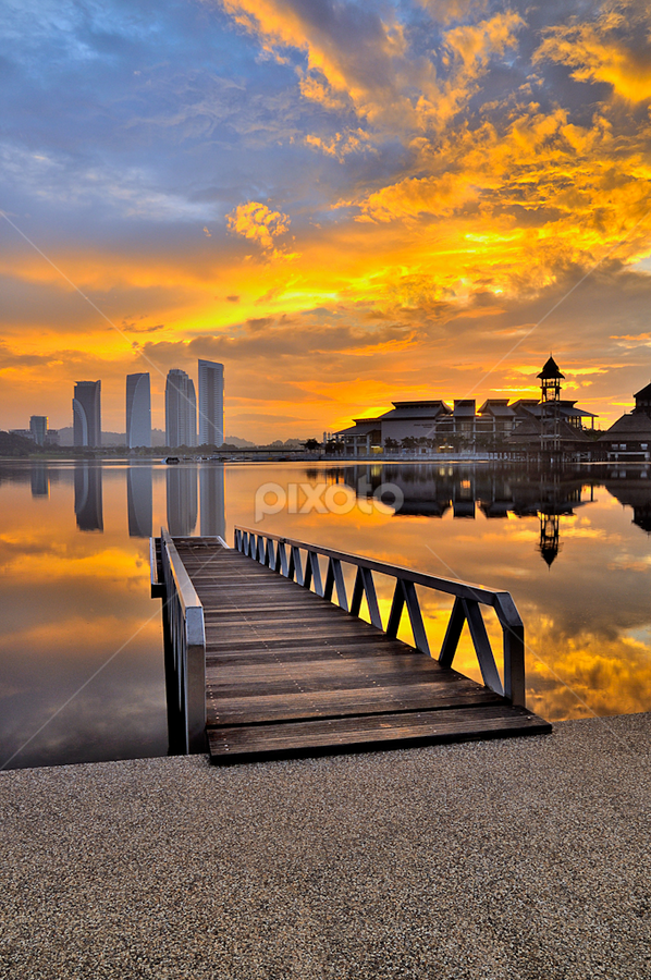 golden day by Azri Suratmin - Landscapes Sunsets & Sunrises ( azri, putrajaya, bridge, pillman, azrisuratmin, gold )