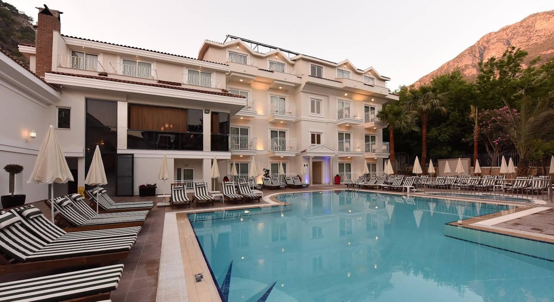 Montebello Beach Hotel