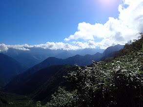 五竜岳方面(右端に坊主山)