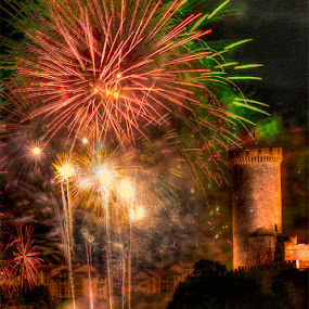 Foix Celebration 3 by Paul Atcliffe - Abstract Fire & Fireworks ( pwcfireworks )