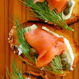 Smoked Salmon Dill and Capers Appetizer.