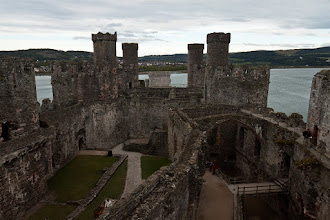Photo: We made it back in time to spend an hour at Conwy Castle