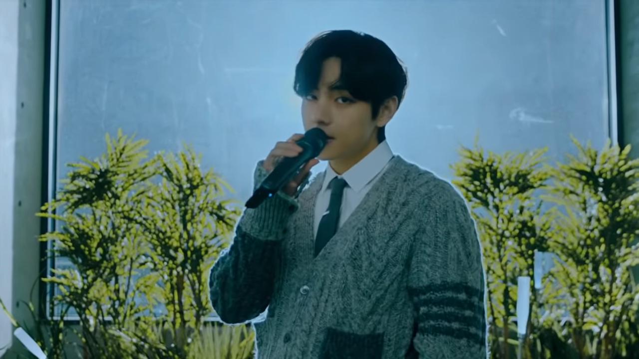 BTS Performs _Blue & Grey_ _ MTV Unplugged Presents_ BTS 4-5 screenshot