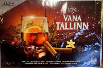 Photo: Estnisk choklad skall avnjutas med god likör.