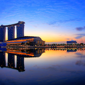 Morning at MBS by Alit  Apriyana - Buildings & Architecture Other Exteriors ( marina bay sand, mbs, casino, marina, morning, singapore )