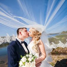Wedding photographer Aleksandra Bulykina (Aleksandra2la). Photo of 18.12.2015