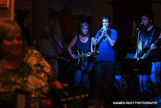 Photo: Stacy & Friends being joined this evening by a new bassist.