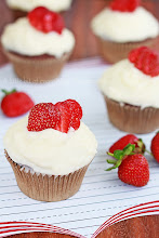 Photo: http://www.roxanashomebaking.com/chocolate-strawberry-cupcakes-with-mascarpone-frosting-recipe/