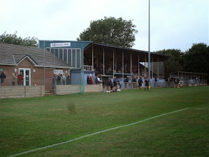 Photo: 02/09/06 v Sandhurst (FAC Preliminary Round) 1-0 - contributed by Stephen Harris