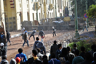 Photo: The army and protesters clash close to the parliament and Cabinet building.