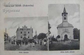 Photo: Вілла Amelie та костел Різдва Діви Марії (споруджений в 1816-1824 роках).