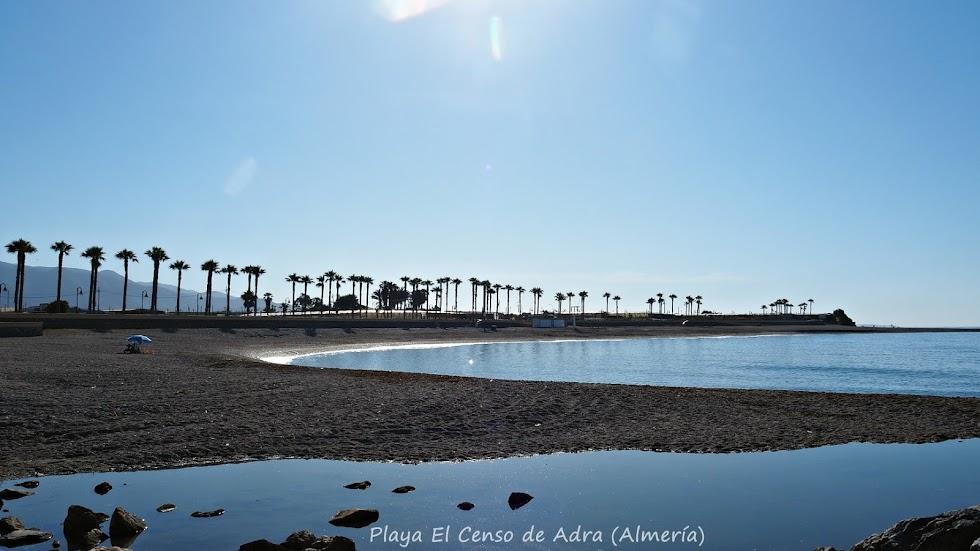 Playa El Censo, de Adra, en las imágenes de Pepe Díaz,