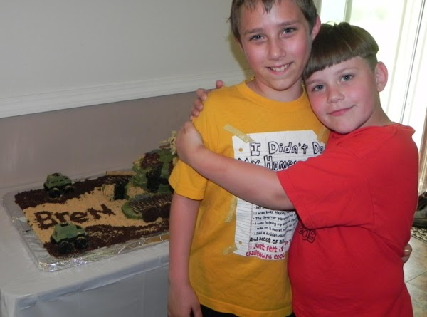 Brendan the birthday boy on the left and his younger brother Noah on the right.  This is Brendan's 9th bday!