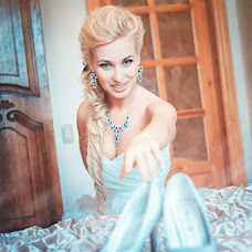 Wedding photographer Kira Sergeevna (Magia). Photo of 11.12.2013