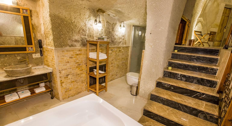 Imperial Cave Suites & SPA