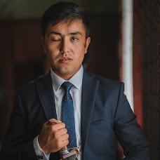 Wedding photographer Nurbek Akhunbaev (Onlineprofi). Photo of 08.10.2017