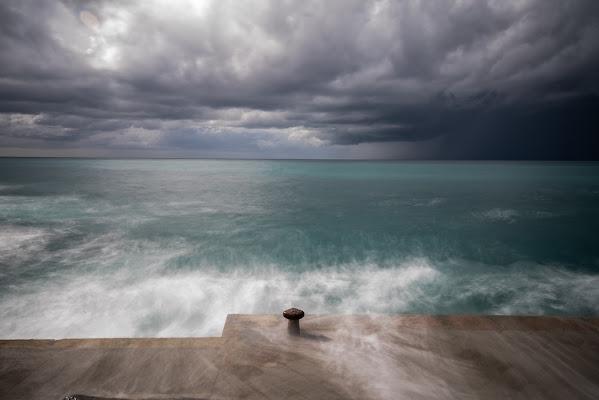 La calma è apparenza. di marina_mangini