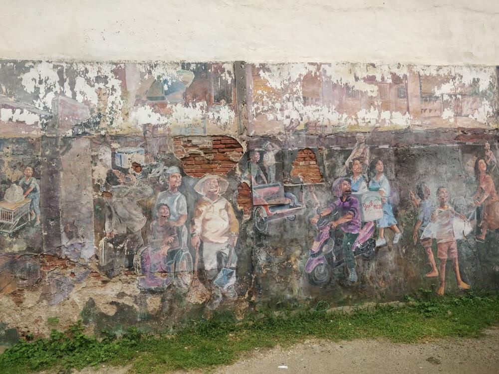 fading+street+paintings+jetti+penang+island+malaysia