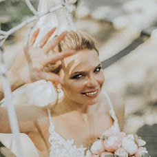 Wedding photographer Lyubov Volokhova (Volokhova74). Photo of 01.08.2019
