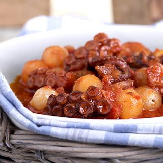 Greek Octopus and onion stew recipe (Octopus stifado).