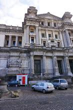 Photo: Palacio de justicia de Bruselas: el delirio de un arquitecto.