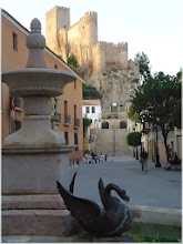Photo: Plaza de Sta. Maria . Fuente de los Patos. Almansa 