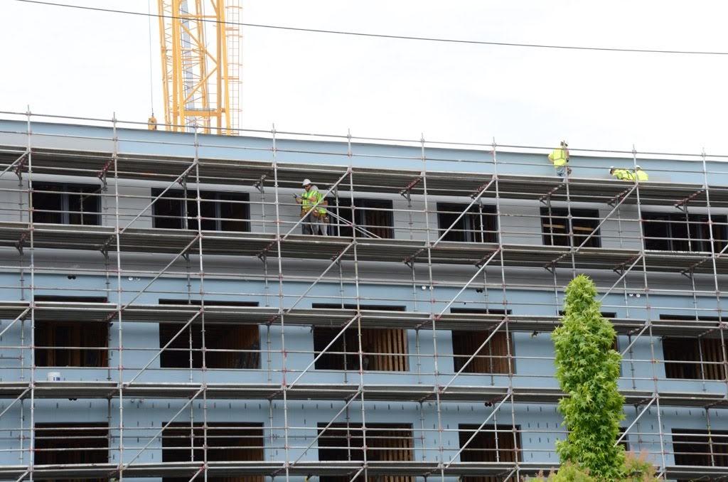 Non union, scaffold, scaffolding, shoring, rental, rents, rent, masonry, restoration, DE, MD, NJ, PA, Delaware, new jersey, construction, painter, painters, bridge, suspended, mast climber, work platform, USA, transport platform, elevator, lift