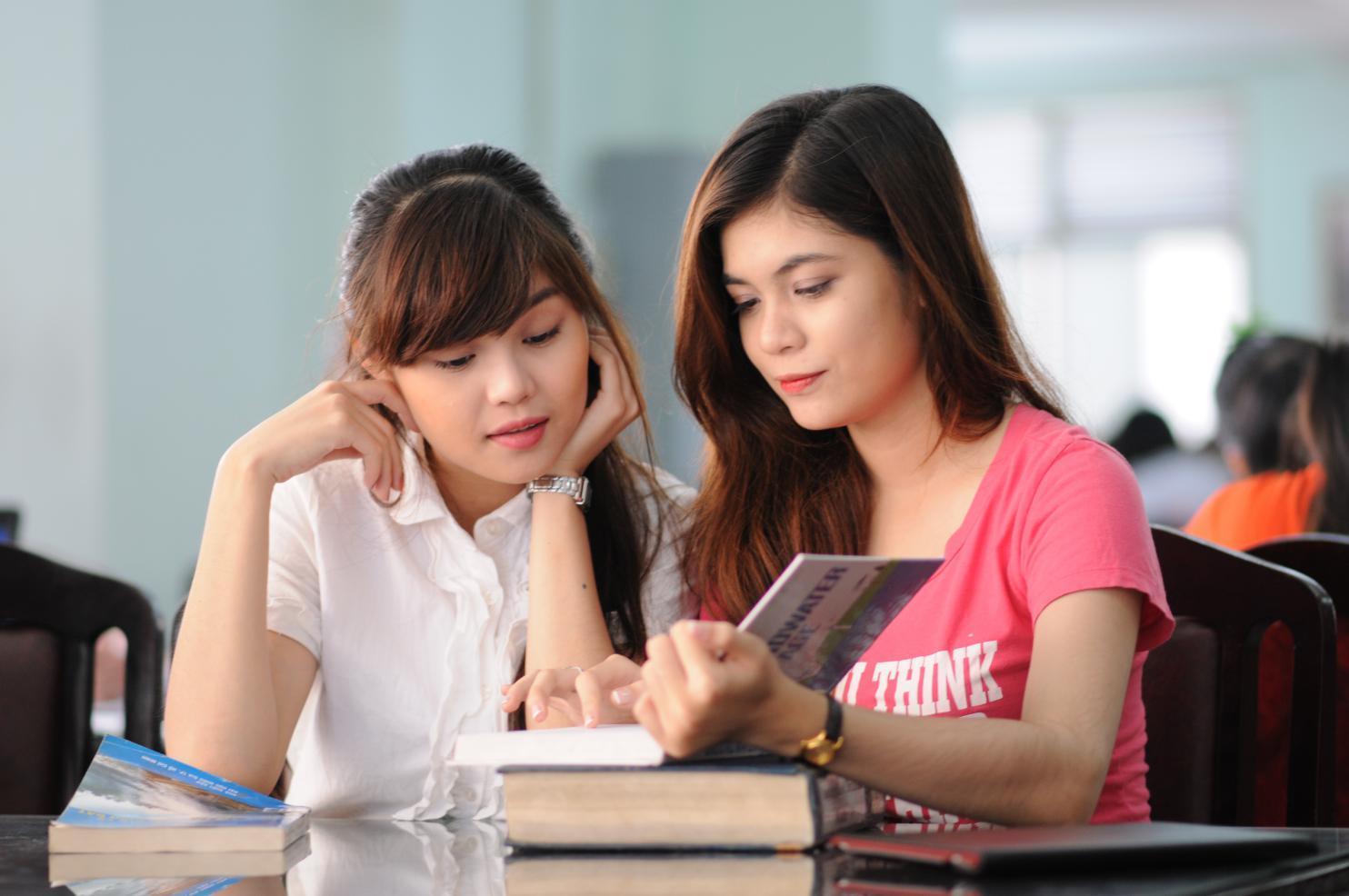 Nên làm gì để cải thiện học tập của con khi học cấp 2?