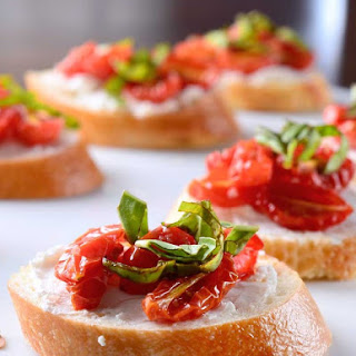 Roasted Tomato and Goat Cheese Crostini