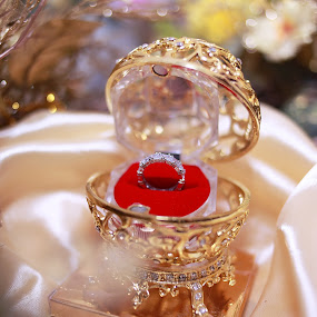 Wedding Ring by Zul Murky - Wedding Details ( ring, wedding ring, wedding detail, solemnization ring, engagement ring )