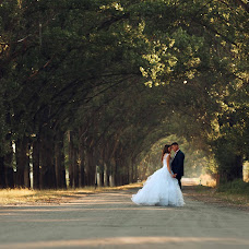 Wedding photographer Valeriy Lysenko (Kamillafoto). Photo of 12.08.2014