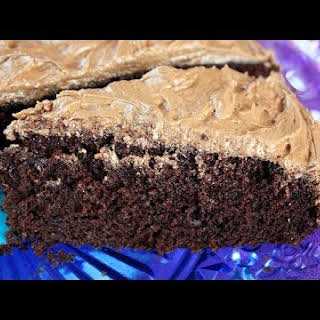 Easy One Bowl Chocolate Cake.