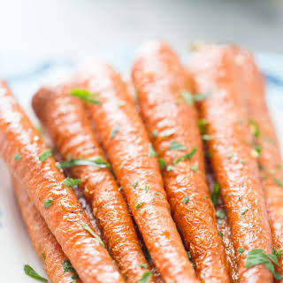 Oven Roasted Carrots with Garlic and Parsley.