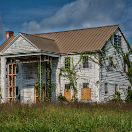 Abandoned house by Joe Saladino - Buildings & Architecture Decaying & Abandoned ( decaying structure, abandoned, house, architecture )