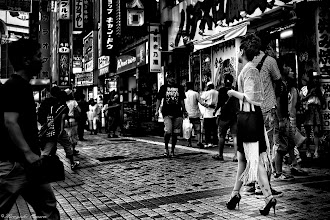 Photo: ピンヒールと雑踏 Stiletto heel and congestion  Tokyo Street Shooting  Location; #Shinjuku , #Tokyo , #Japan   #photo #photography #streetphotography #streettogs