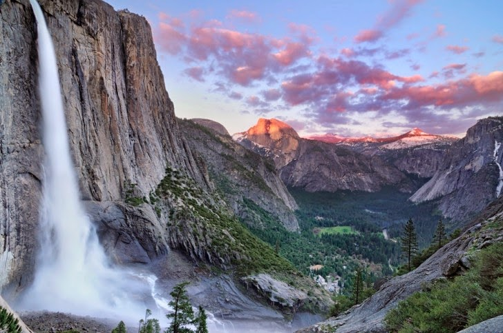 Чарующий горный пейзаж в Йосемитском национальном парке