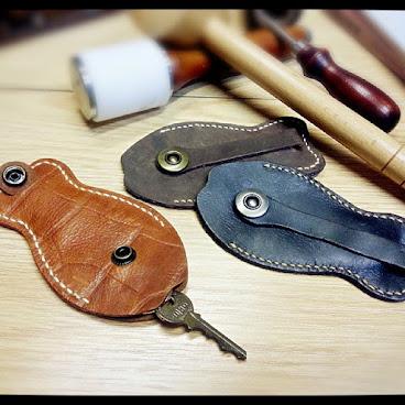 #handsbox #leather #workshop #handmade #key #holder #diy #lady #ladies #fish #order #皮革 #皮革訂造 #皮革課程 #皮革班 #皮革diy #皮革材料包 #皮革訂製 #皮革學堂 #魚型 #鎖匙包 #匙包 #手製 #自製 #訂造 #訂製 #荔枝角