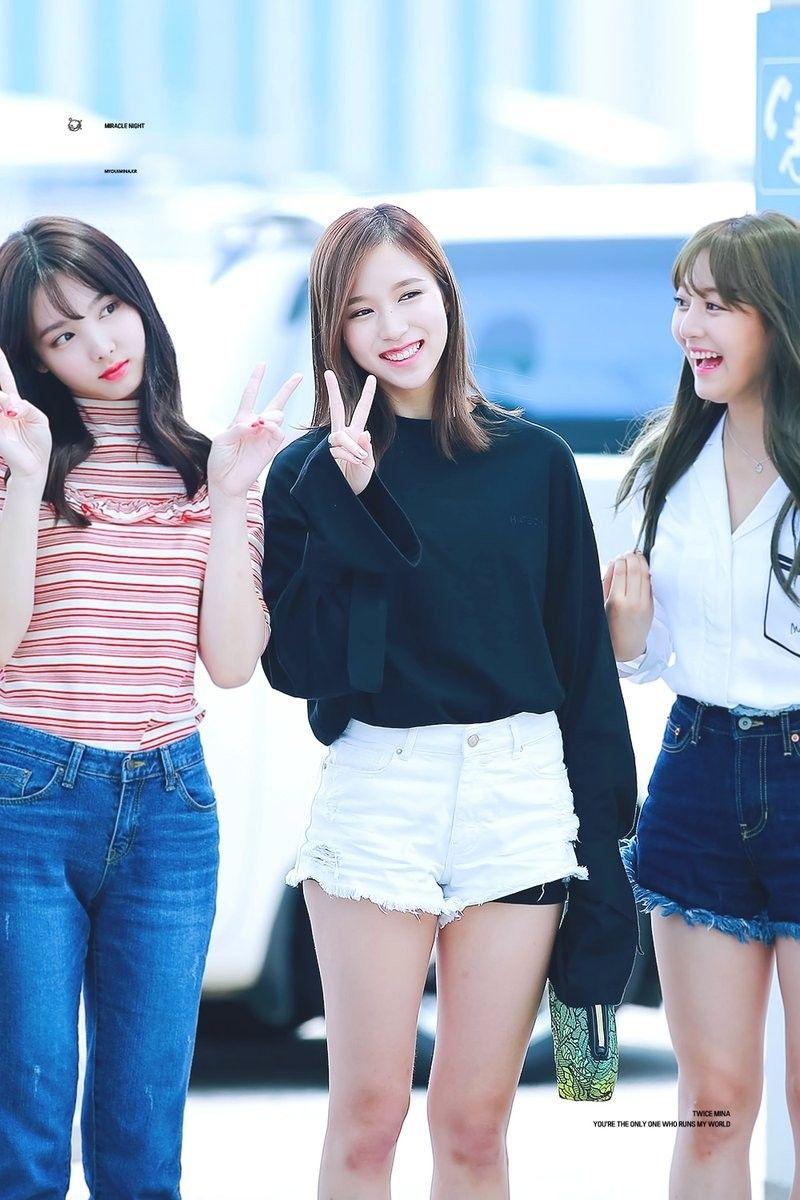 twice mina jihyo nayeon
