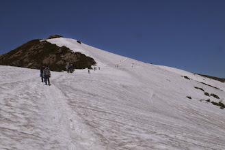 Photo: その後、鳩待峠で大島くんとお別れ。 夏の計画の成功を祈る。 ガンバレ!!