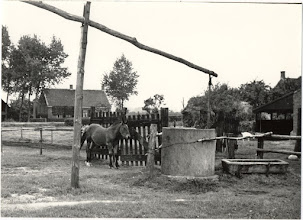 Photo: 1940 Emerweg 90, bewoond door Van den Boer