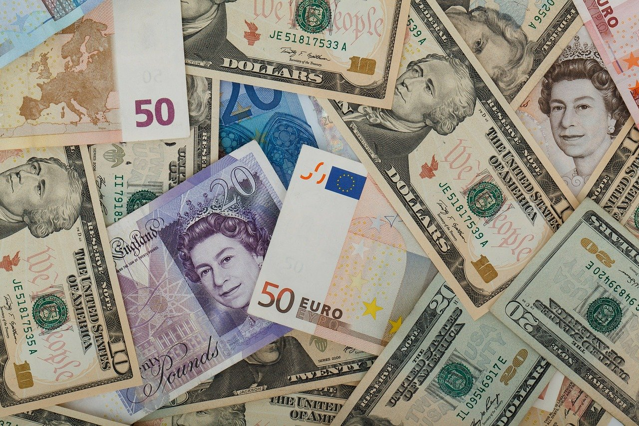 Foreign Currency Exchange tips for Travellers