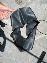 Photo: Inflated it and it was leaking. Not too much, but leaking. /Enchi-a e estava vazando. Não muito, mas vazando.